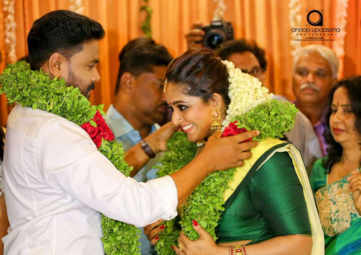 Dileep and Kavya Madhavan Marriage Photos